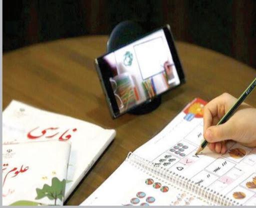 دردسر دانشآموزانی که تبلت و گوشی ندارند/ کرونا وبیعدالتی آموزشی